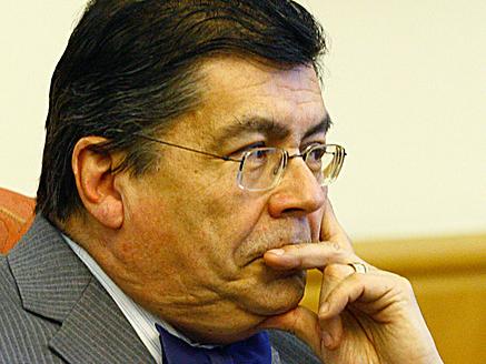 La CNA sanciona a agencia acreditadora del ex rector de la Chile por negarse a entregar información