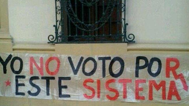 Secundarios se toman sede del PS advirtiendo a Bachelet: