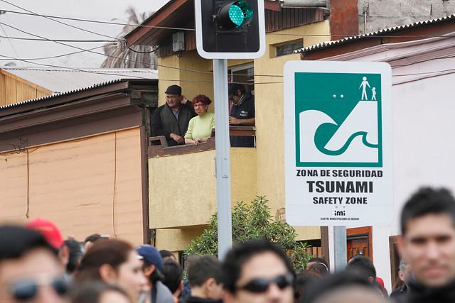 Mujer muere de infarto en plena evacuación por simulacro de tsunami en Iquique