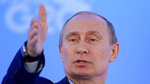 Rusia suspende actividad de los Testigos de Jehová por considerarles