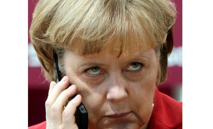 Merkel sospecha que EE.UU. espió su teléfono y pide explicaciones a Obama