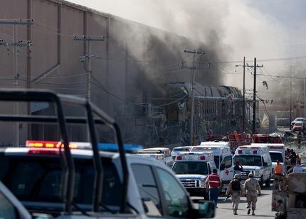 Explosión en fábrica deja al menos dos muertos y decenas de heridos en México