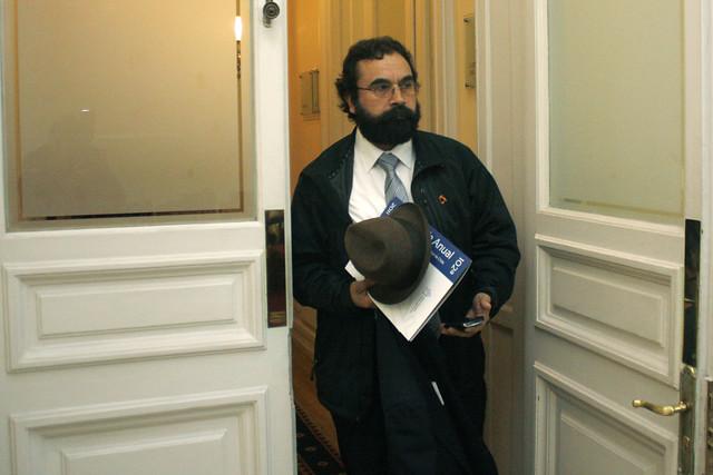Gutiérrez (PC) interpone denuncia criminal por el delito de amenaza en contra de grupo