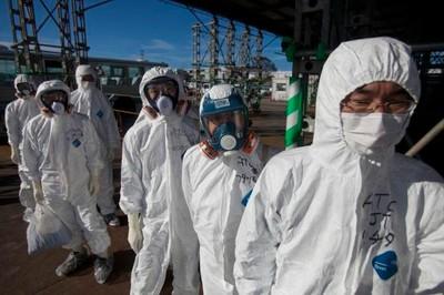 Seis trabajadores de la central de Fukushima afectados por una fuga
