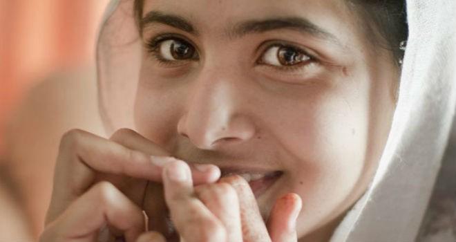 Adolescente pide dialogar con los talibanes