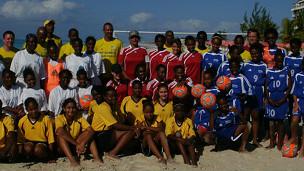 Green ve el futuro del fútbol en las islas con optimismo.
