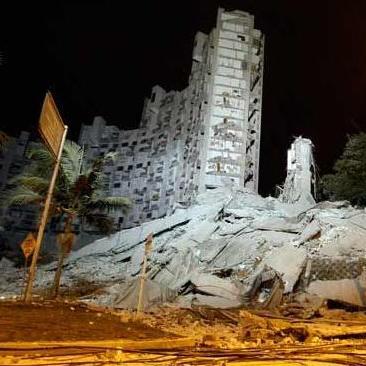 Buscan a 11 personas tras desplome de edificio en Colombia