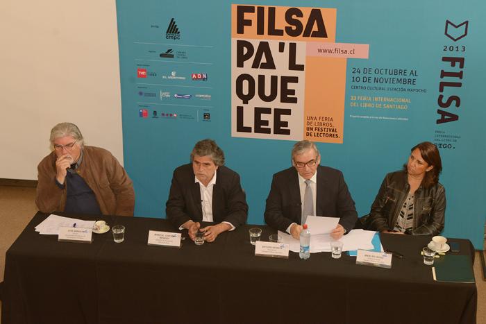 Feria del Libro de Santiago sale a la conquista de los lectores