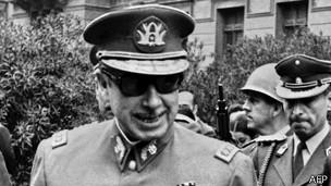 """""""La detención de Pinochet trajo la certeza de que es posible construir alianzas a nivel internacional para persistir y obtener justicia"""". (Liliana Tojo, Centro por la Justicia y el Derecho Internacional (Cejil))"""