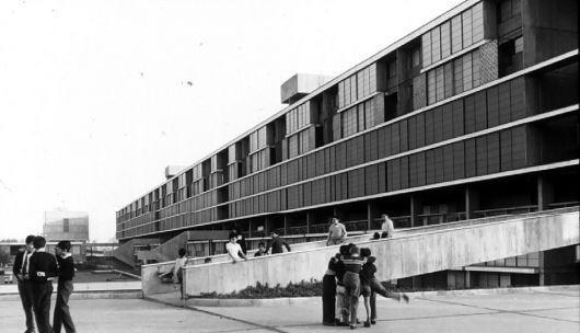 Unidad vecinal Portales. Eduardo Castillo Velasco fue parte del grupo de arquitectos.