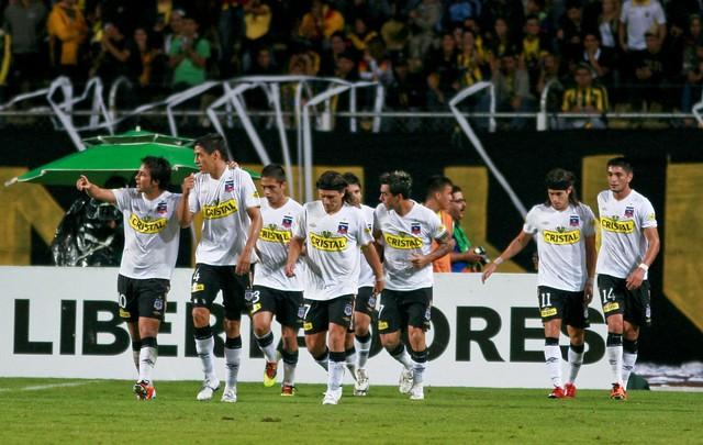 Colo Colo también gana en bolsa y le da una alegría a León Vial