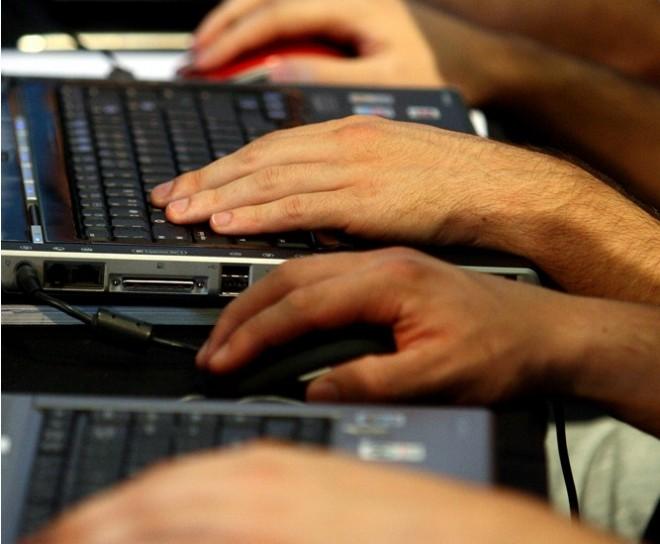 BID pide aprovechar redes sociales en la educación e involucrar a la sociedad