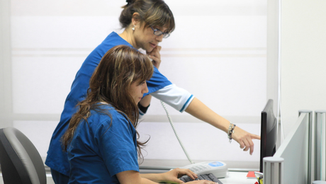 Inauguran primer programa de monitoreo a distancia de pacientes crónicos de bajos recursos