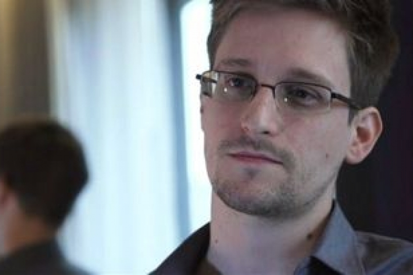 The New York Times pide clemencia para Edward Snowden