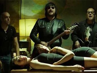 Actriz del video de Los Tres: