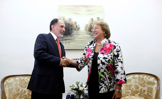 Presidente de la Corte Suprema se reúne con Bachelet y dice que su planteamiento sobre 27/F