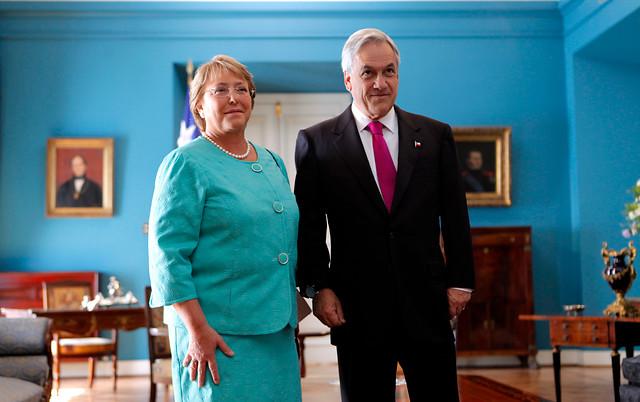Piñera y Bachelet se reunirán el próximo 7 de enero en La Moneda