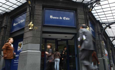 Banca gana 3.155 millones de dólares en 11 meses de 2013