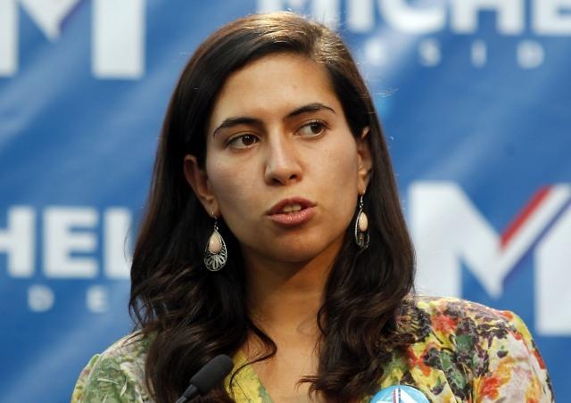 Karina Delfino y subsecretaria de Educación: