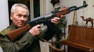 El remordimiento de Kalashnikov por las muertes causadas por su AK-47