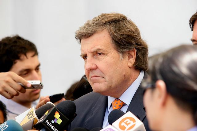 Bajo total hermetismo se desarrolla Consejo Directivo Ampliado de la UDI que analiza fracaso electoral