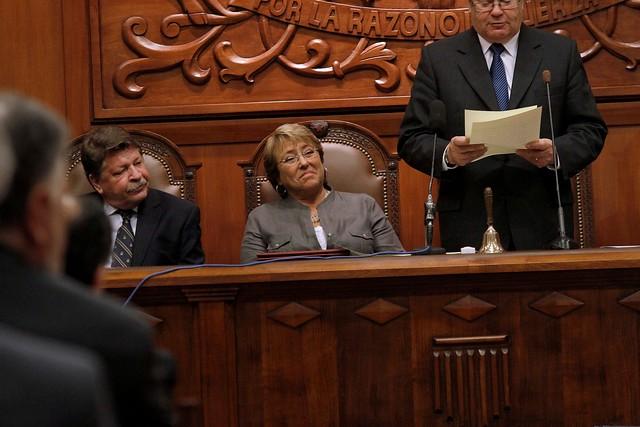 """La jugada del """"Grupo de los 10"""" tras el nombramiento de Gloria Navarrete a cargo del protocolo de Bachelet"""