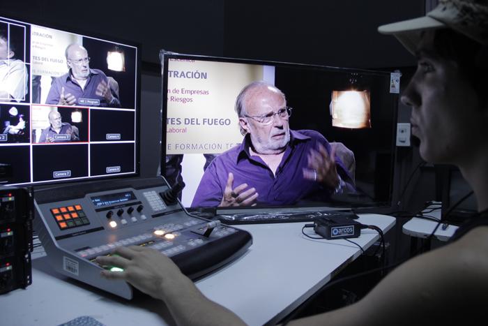 """Sergio Riesenberg: """"La televisión pública de hoy es temerosa y facilista"""""""
