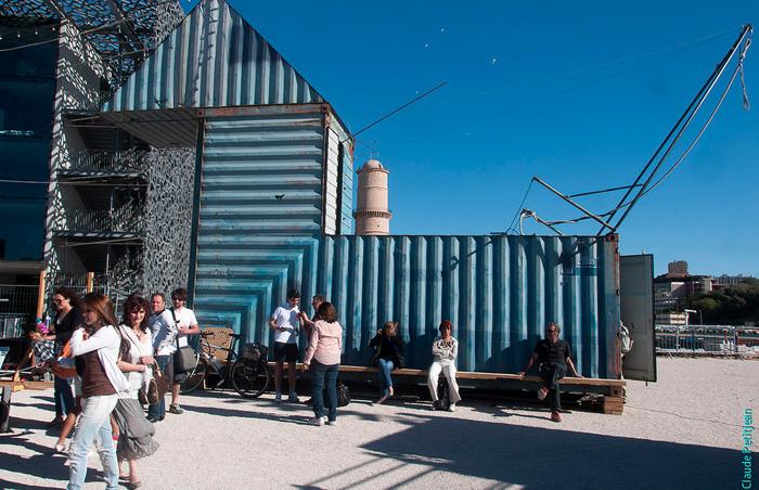 """En el Muelle Prat obra francesa """"Origami"""" da inicio a la 4ta versión del Festival Teatro Container"""