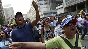 Los opositores volveron a salir a las calles de varias ciudades de Venezuela.
