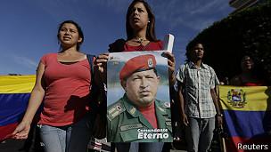 Los seguidores de Chávez regresaron al Paseo Los Próceres, donde despidieron al comandante hace un año.
