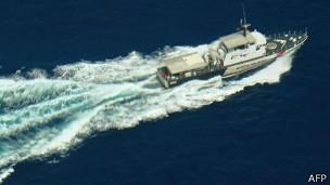 Decenas de embarcaciones y aviones de cinco países participan en la búsqueda.
