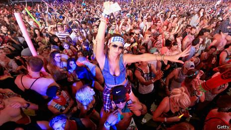 Desde 2012 Coachella se celebra durante dos fines de semana consecutivos.