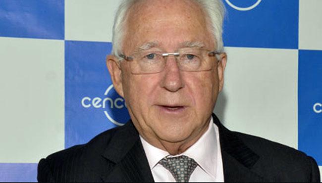 Paulmann finalmente vendió un 6% de Cencosud y recauda US$458 millones