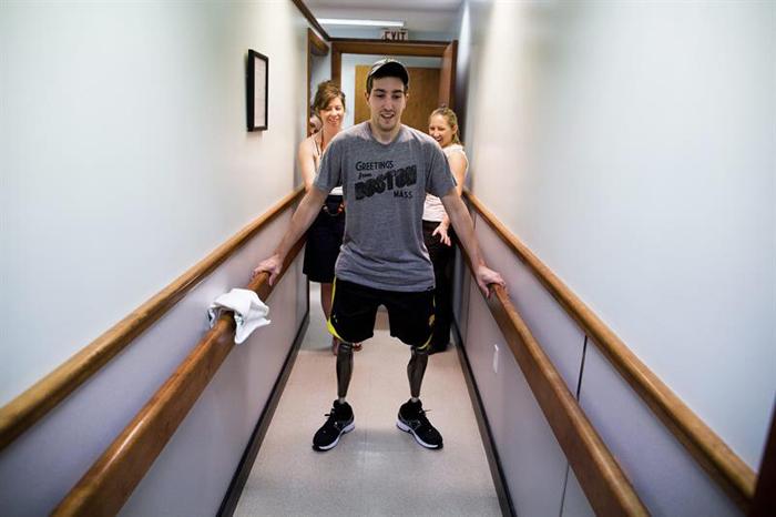 Josh Haner, ganador Pulitzer, muestra Jeff Bauman, quien perdió sus piernas durante el ataque en la maratón de Boston,  Gentileza New York Times