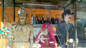 En los carteles suelen rendir culto a La Santa Muerte y a Jesús Malverde