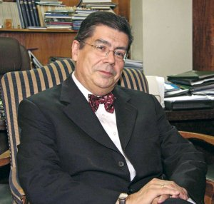 Gran maestro de la Logia Masónica critica la reforma educacional