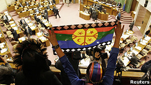 Una de las promesas de Bachelet es la creación de un Ministerio de Asuntos Indígenas.