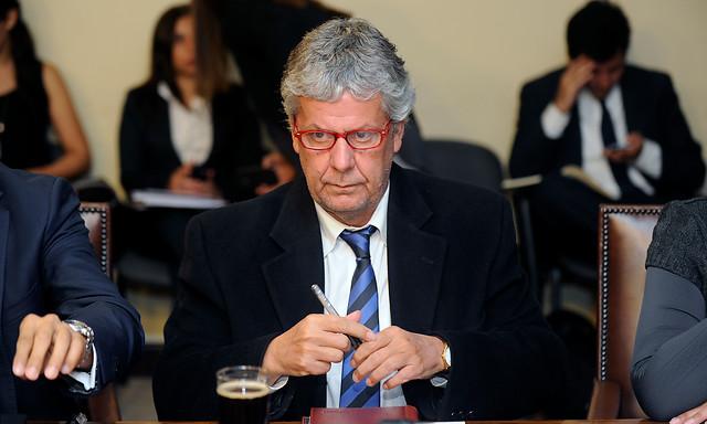 "Ministro Eyzaguirre espera ""apoyo transversal"" a proyecto de administrador provisional"
