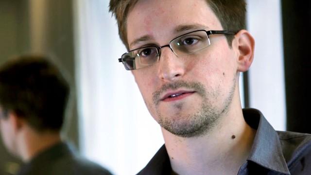 Snowden preguntó a la NSA por legalidad de espionaje antes filtrar documentos