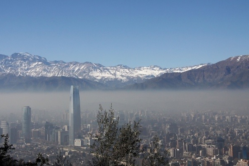 Disponen Alerta Ambiental Preventiva en Santiago y restricción a no catalíticos
