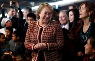 Reforma educacional: Bachelet firmará proyectos que apuntan al fin del lucro y discriminación