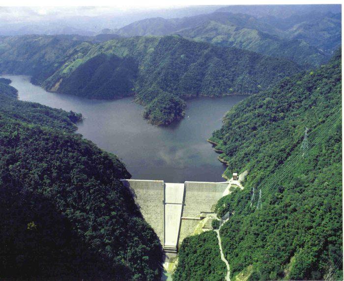 Reforma energética no toca HidroAysén: su futuro se definirá en junio