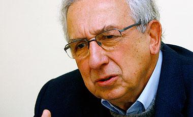 Fernando Montes ve en la reforma educacional posibilidad de terminar con la