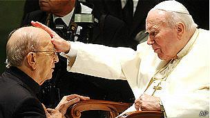 Después de la muerte de Juan Pablo II la investigación contra Maciel fue reactivada y el sacerdote sancionado.