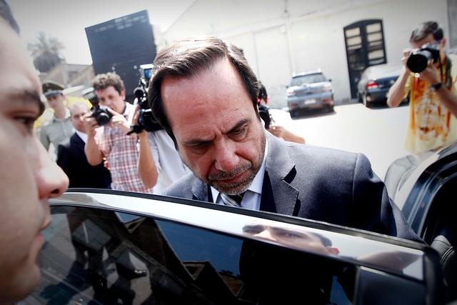 Contralor acusa al Ejecutivo de maniobras como las que ocurrían