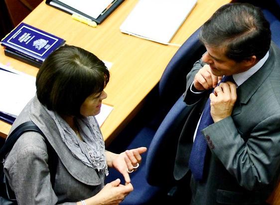 27F: Fiscalía presenta acusación contra Rosende y Fernández y pide 818 días de presidio