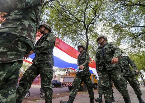 Junta militar tailandesa afianza su poder pese a la condena internacional
