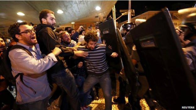 La huelga se ha vuelto un reto clave para el país antes de que Sao Paulo reciba el partido inaugural de la Copa, el jueves.