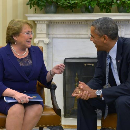 Obama le dice a Bachelet: