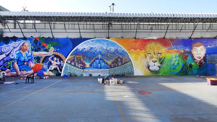 Proceso del graffiti en la carcel de Colina Foto: Gentileza Los Muros nos Hablan